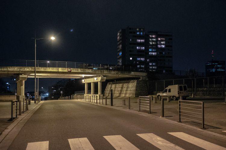 Une Ville la Nuit  - urbanlandscape - jean-fabien | ello