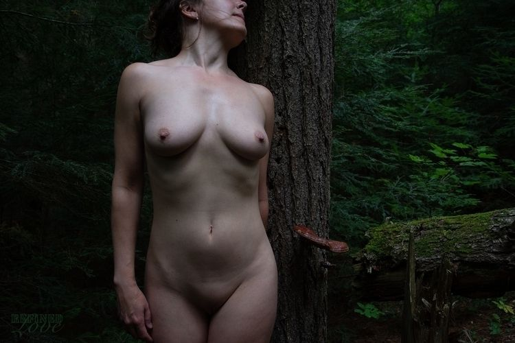 (2018 - NoFilter, outdoornude - refined-love | ello