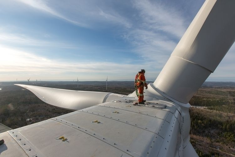 Millwright making final inspect - cleanenergyphoto | ello