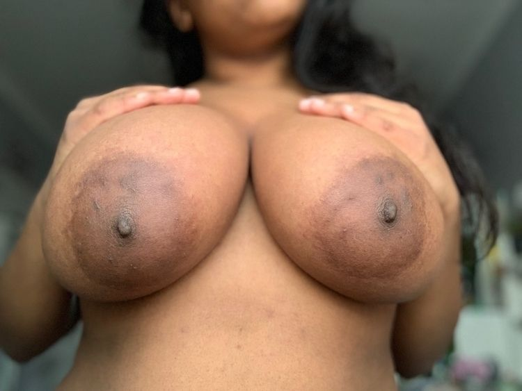 soul - 32h, bigtits, horny, comeplaywithme - yasmeeny212 | ello