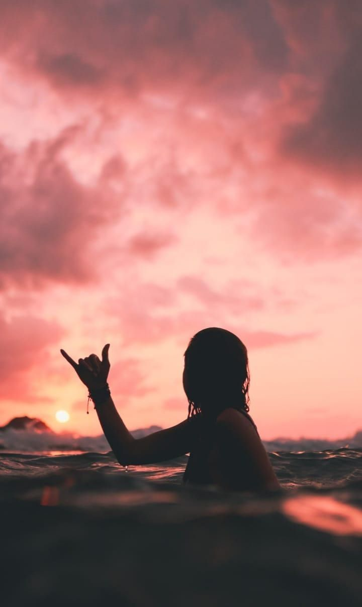 Red Vibes - sunset, portrait, water - svsogarcia   ello