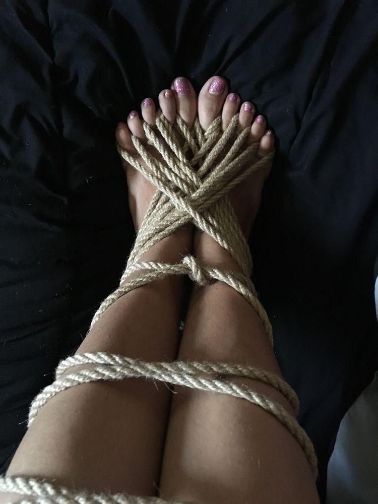 fun tie - shibari, ropeplay, ropework - polyluvjunqi | ello