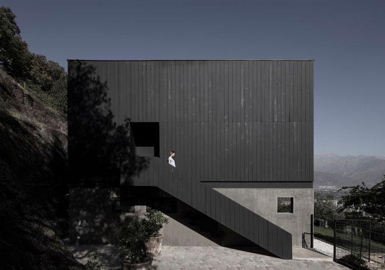 BYL Houses Cristian Romero Vale - thetreemag | ello