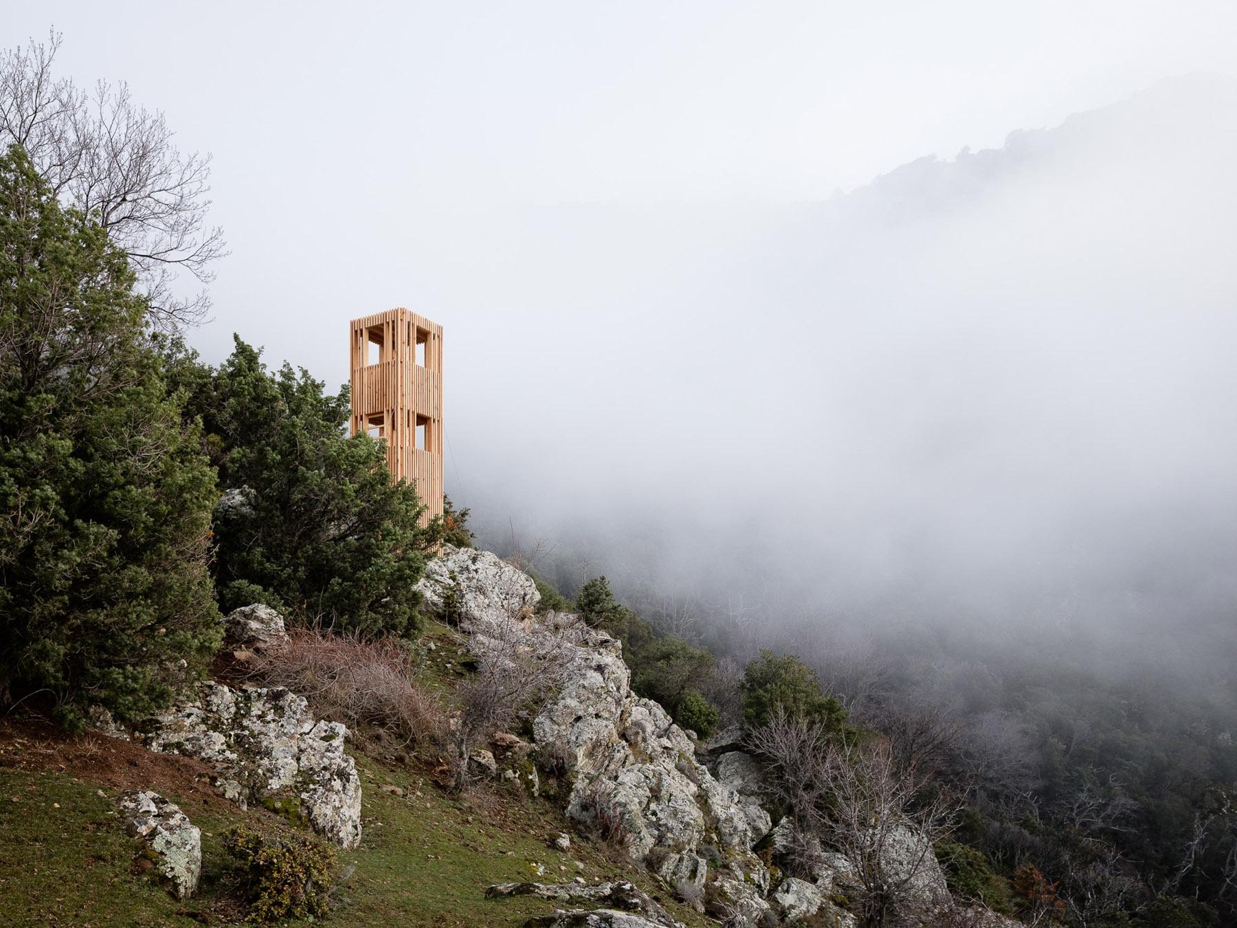 Observatoire du Cerf Corse Orma - thisispaper | ello