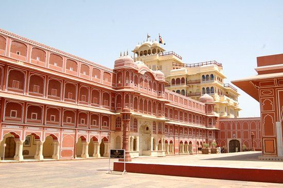 """City Palace"" Wonderful Place J - maharanacab | ello"