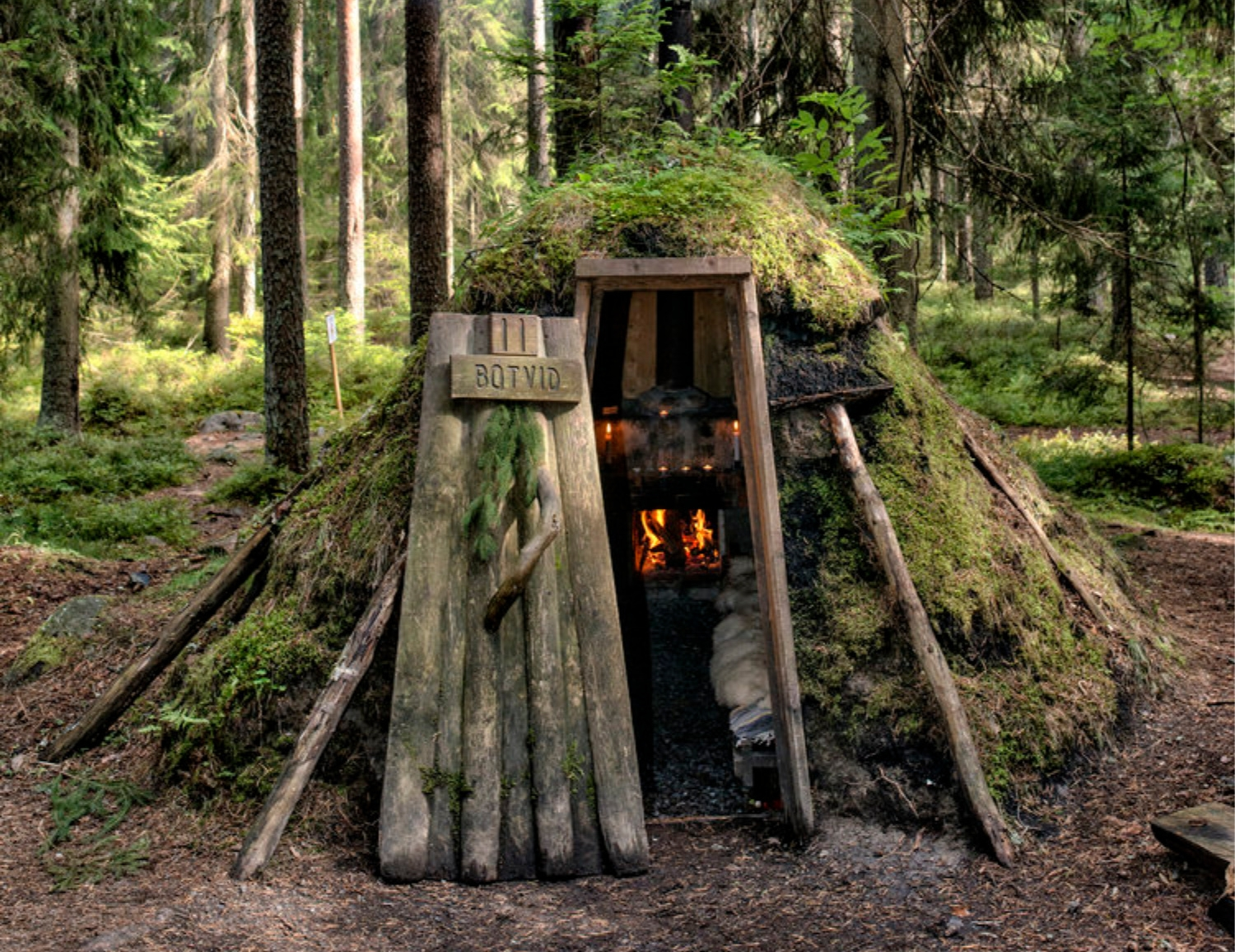 Forest Hut Floating Sauna Kolar - decorkiki | ello