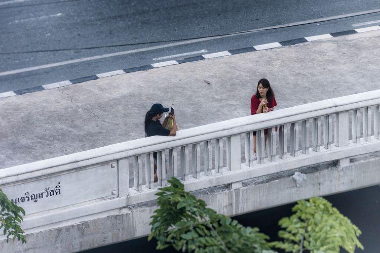 girls Bangkok photography bleue - christofkessemeier | ello