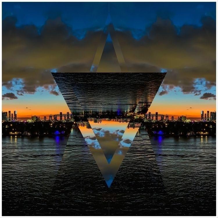 Remix - trippy, photography - albae | ello