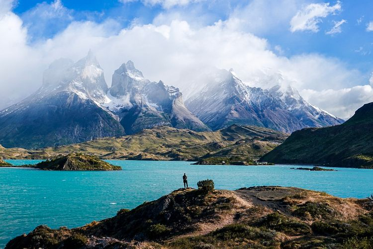 shot viewpoint Torres Del Paine - dis_satisfied | ello