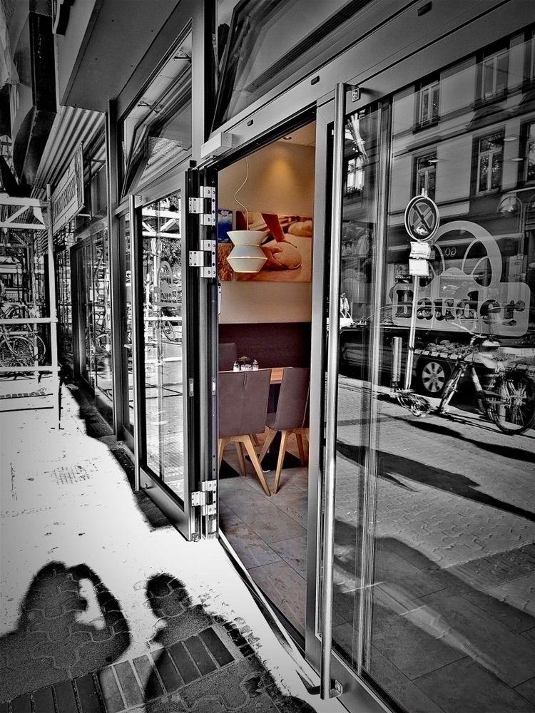 • Entrance cafe - photography, colorkey - borisholtz   ello