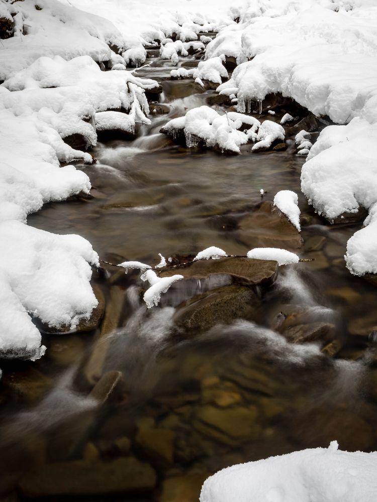 Plotter Kill creek cuts snow an - toddhphoto | ello