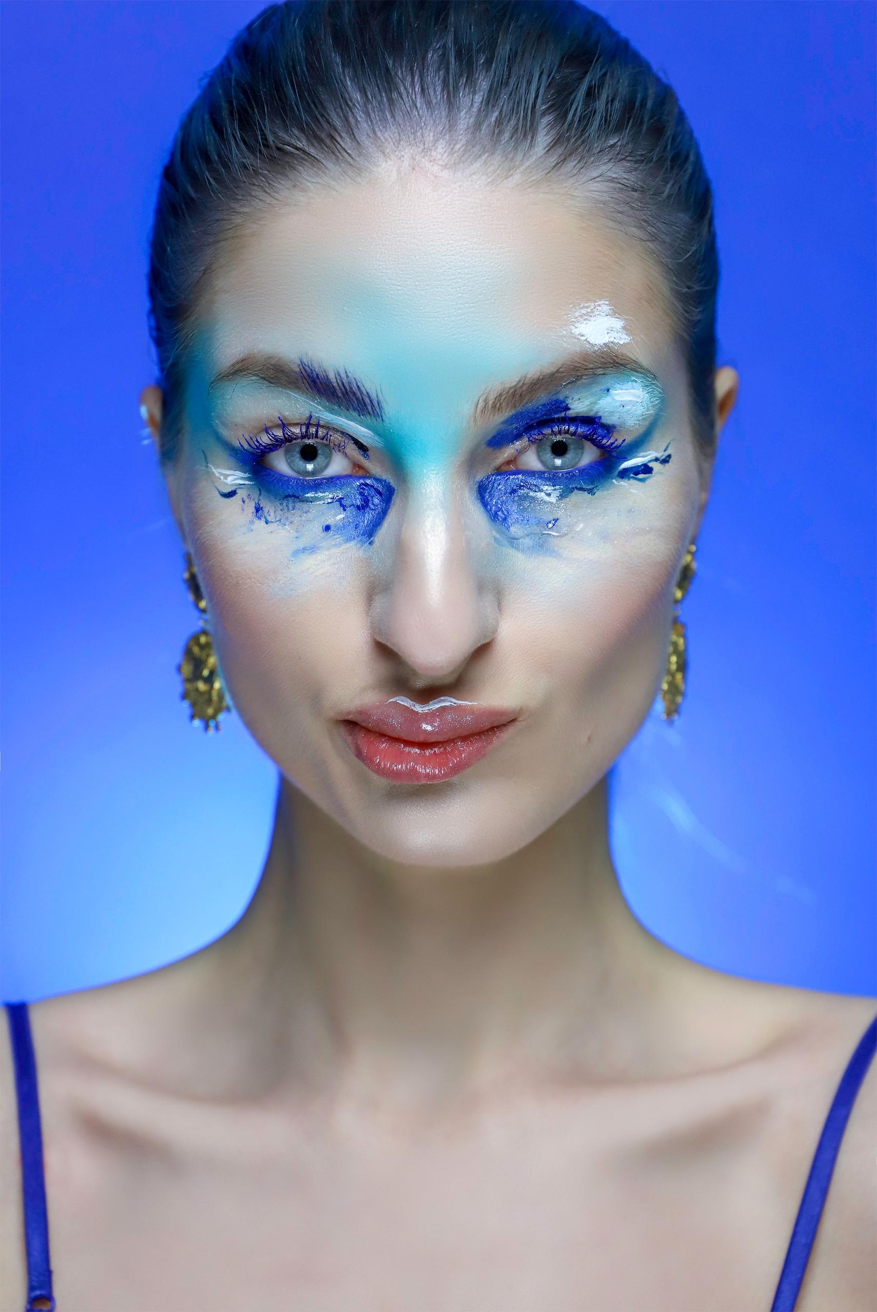 O kolorach: Niebieski, cz.1