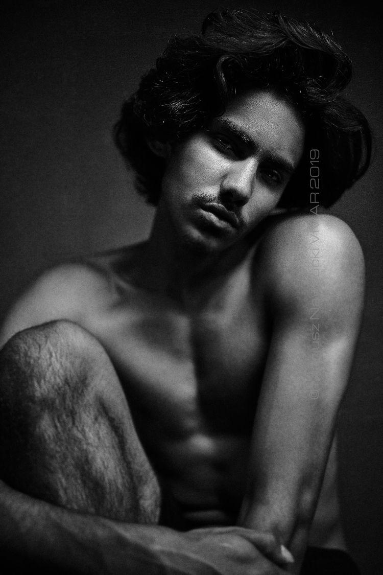 portrait, male, beauty, sexy - vmar-mnv | ello