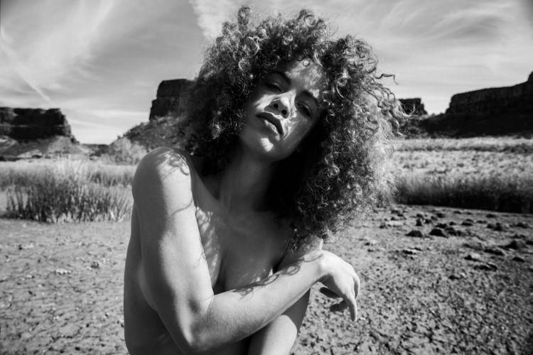 Photographer: Anthon Smith Mode - darkbeautymag   ello