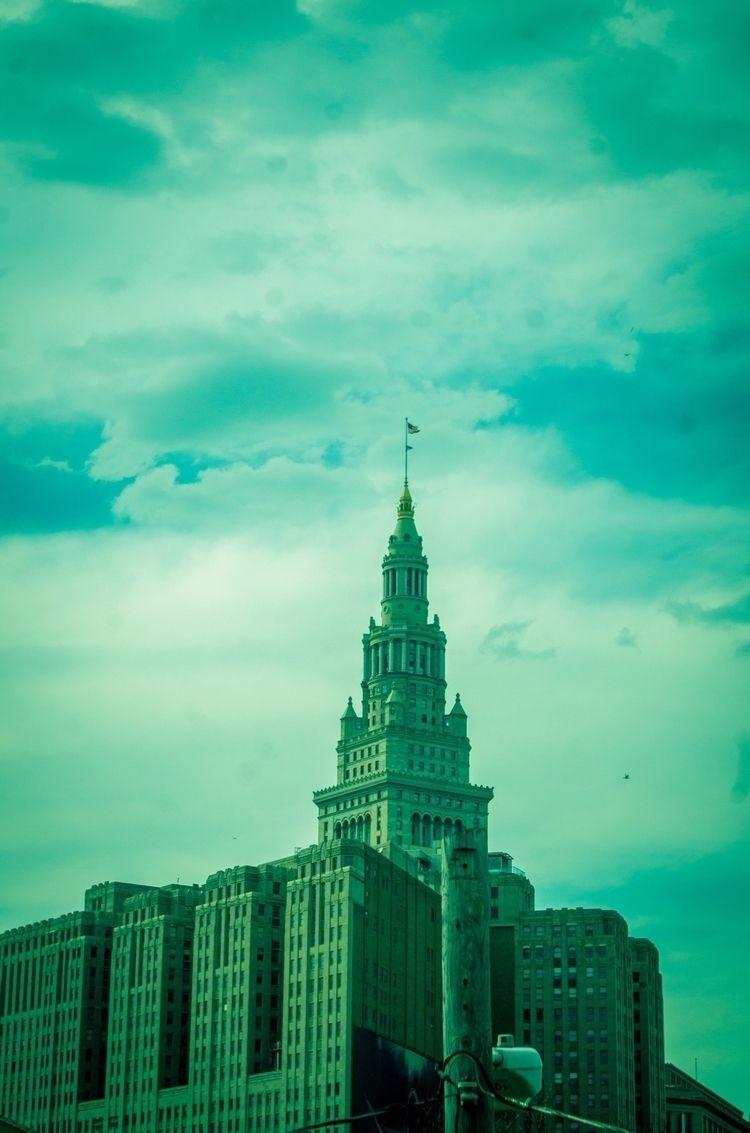 Capitol building - photo, portrait - alphamode   ello