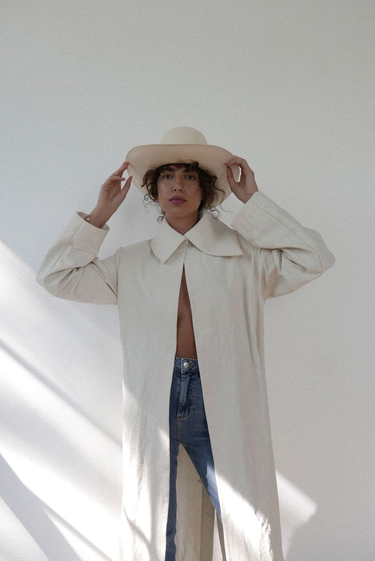 Wearing pieces AA 2424 - White  - ariannaalexis | ello