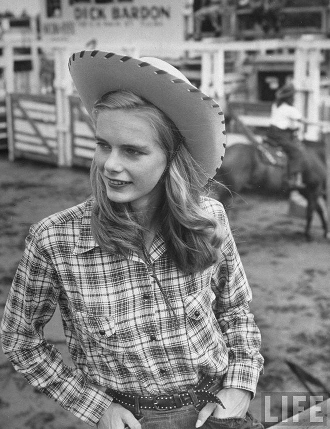 Cowgirls - geeksusie   ello