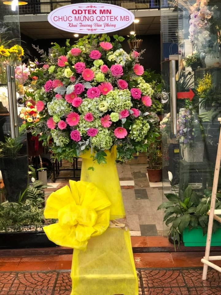 Việc tặng hoa vào mỗi dịp lễ, s - hoatuoivannam | ello