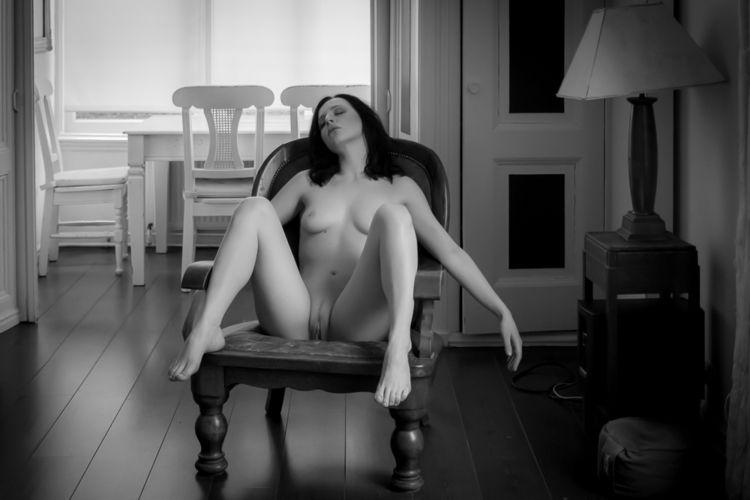 Quinn - nude, erotic, explicit, nfsw - newcracksinthewall   ello