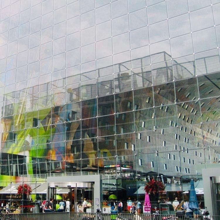 Mirror picture Market Hall, Rot - spiegelsinne | ello