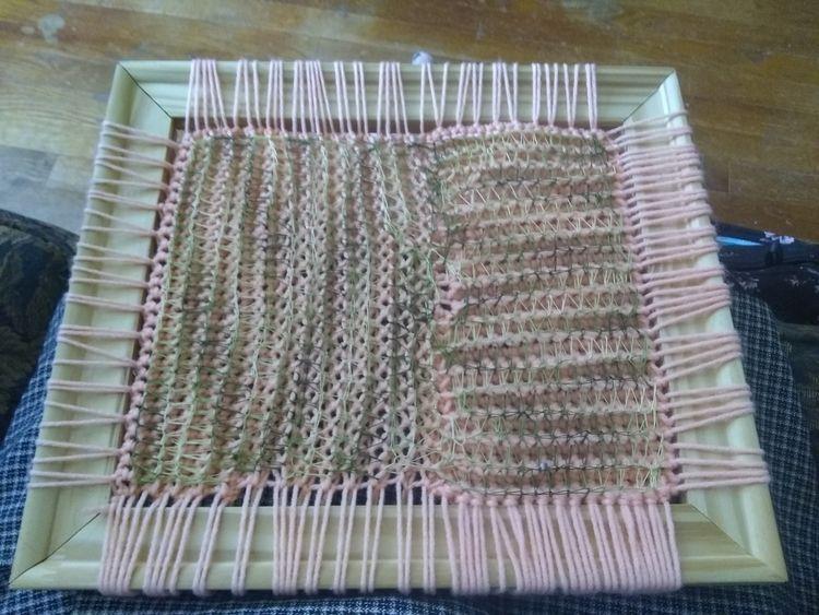 started crochet experiment. wra - feloneemarieartistry   ello