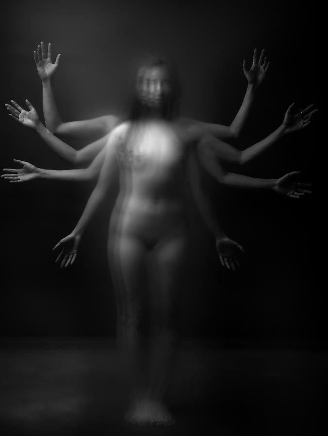 photographer: Ralph Anderson - manicmel   ello