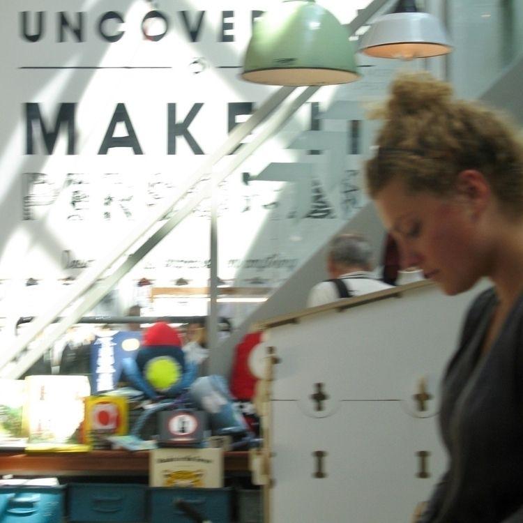 Uncover, De Hallen, Amsterdam - spiegelsinne | ello