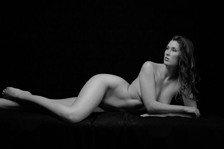 Artistic Nude, Sienna Hayes - 2 - thebodyphotography | ello