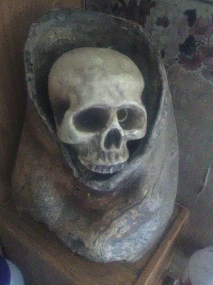 hallow, wanna put speaker skull - bootstrapkid | ello