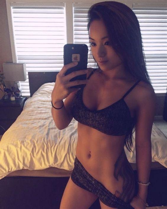 Free Adult Sex Cams Asian MILF  - latoya_ivory_coast   ello