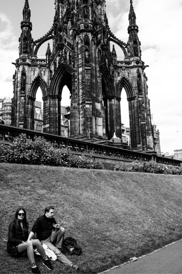 Scott Monument, Edinburgh/UK - jeroentaalman | ello