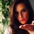 Megan  (@meganmontoya) Avatar