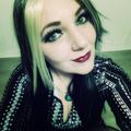 Leeloo (@hunnysolo) Avatar