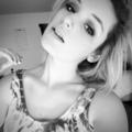 Natalie Jo (@hellonataliejo) Avatar