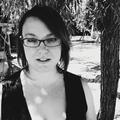 Rochelle Ramos (@rockaeramos) Avatar