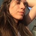 Ana Laura (@nalauracds) Avatar
