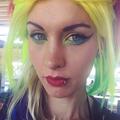 Kris (@quitsweatingme) Avatar