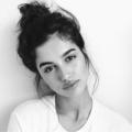 (@elizabeth_silva) Avatar