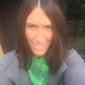 Rachel Luzzader (@rachelluzzader) Avatar