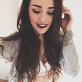 Isabella Moraes Dias (@isabellamdias) Avatar