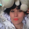 LUCY ( LU ) Eggleton (@lulaloop) Avatar