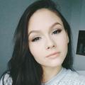Dariana (@themoonlitroad) Avatar