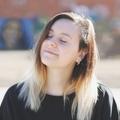 Alice (@madnesshole) Avatar