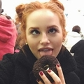 Anne (@blossom_topaz) Avatar