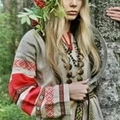 Lori (@loriclubabasten) Avatar