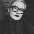 Kira Gren (@rosehiptwig) Avatar