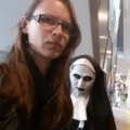 Liz Marinakis  (@inanimate_spider) Avatar
