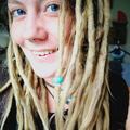 sarah (@alteredcarbon) Avatar