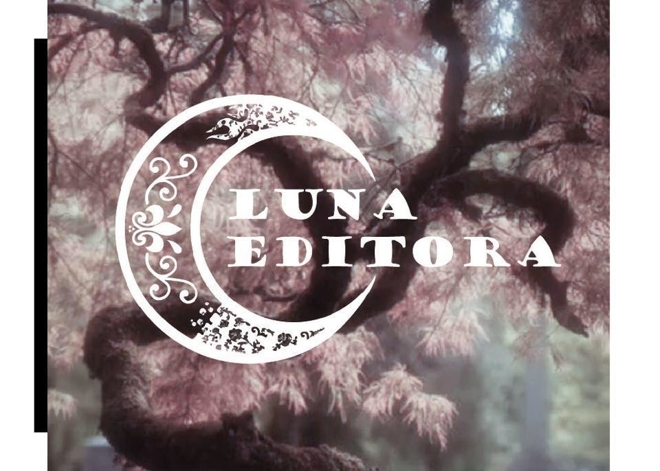 @lunaesse Cover Image