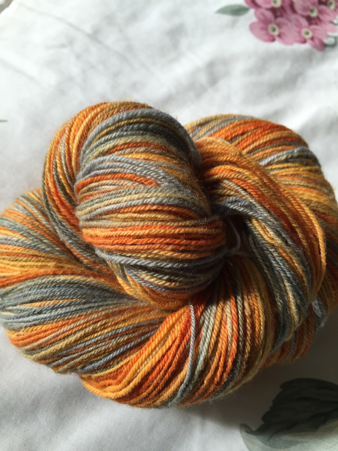 Knittinginny (@knittinginny) Cover Image